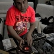 Pizza Brothers, Kristina Casolani & DJ DNK - Get Out  (DJ Roomax Mash Up)