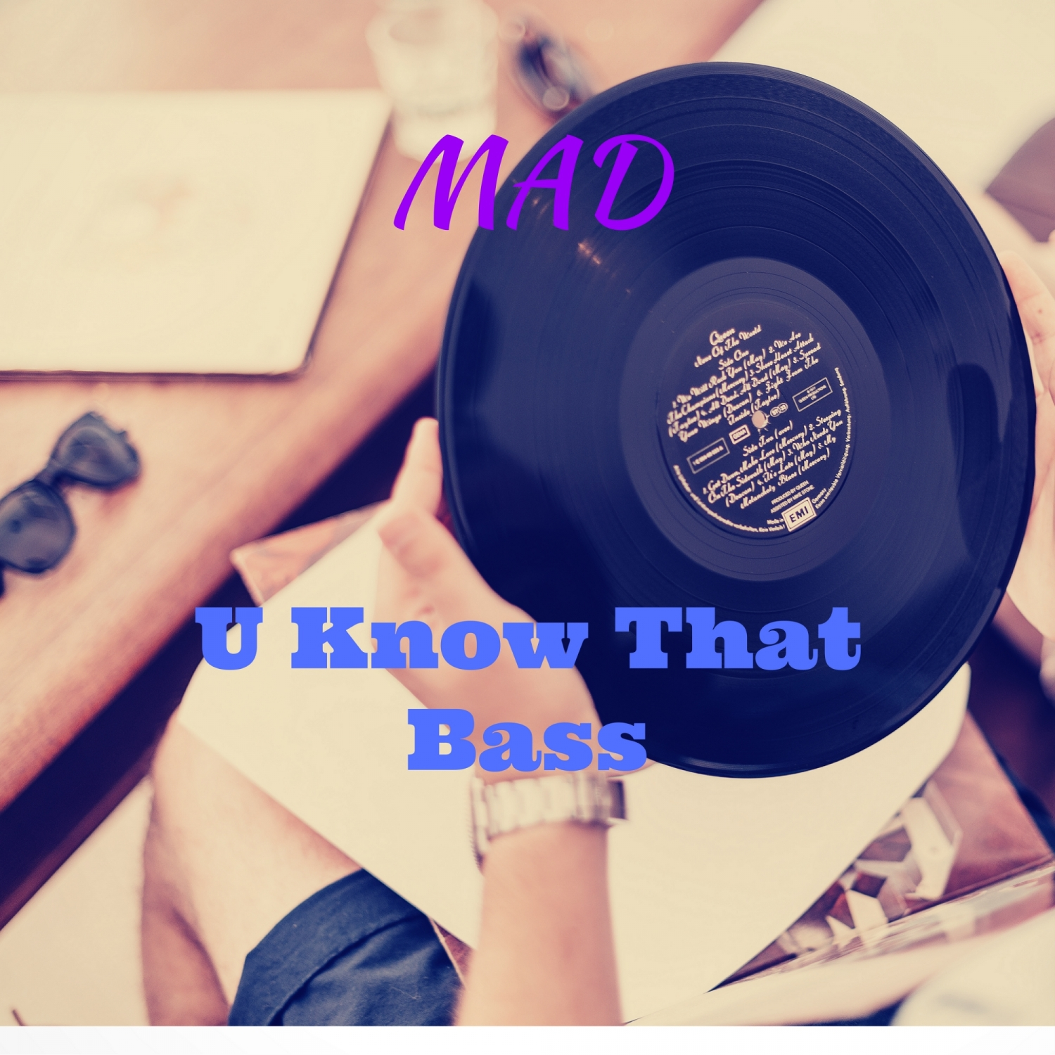 Mad - U Know That Bass (Original Mix)