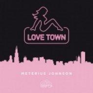 Meterius Johnson - Violet Stone On Sand  (Original Mix)