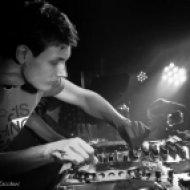 Leolife & Matt Bukovski vs. 4Strings - Empathy Away (Matt Bukovski Mashup)