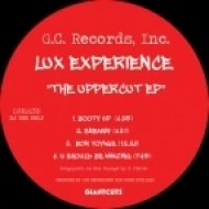 Lux Experience - Sneakin\' (Original Mix)